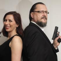 Souřadnice zločinu - růže a pistole