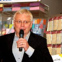 Kmotr knihy Šest nevinných - spisovatel, scénárista a fajn chlap Pavel Kosatík